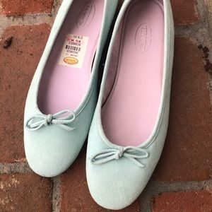 Talbots suede shoes.  NWT Mint green sz w 9.5